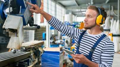 Nowoczesne zarządzanie produkcją w firmie – dlaczego warto