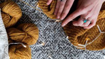 Jak za dotknięciem…drutów i szydełka – sprzedajemy wełniane i szydełkowe rękodzieło- pomysł na biznes z TOP 50