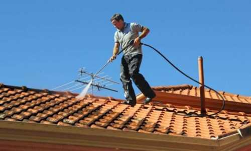 Zakładamy firmę czyszczącą dachy, elewacje i kostkę brukową