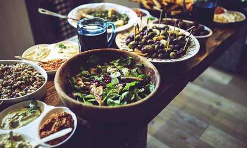 Jak założyć firmę cateringową