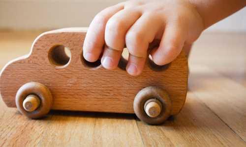 Drewniane zabawki - dobry pomysł na biznes