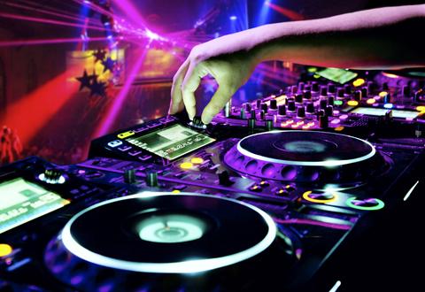 Uświetni ważny wieczór - DJ-wodzirej