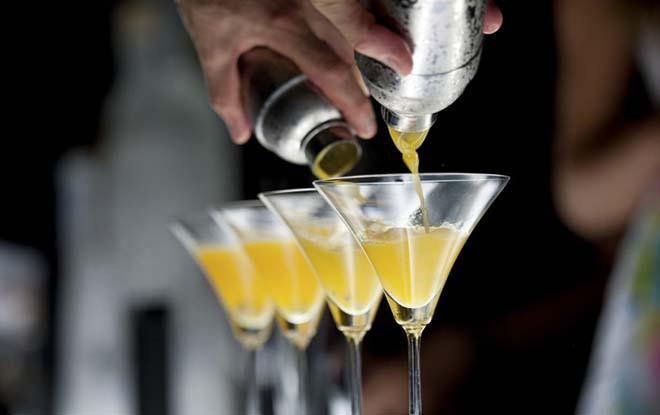 Dla pasjonatów miksologii - mobilny bar z alkoholem