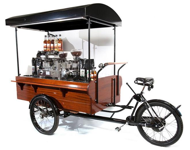 Na rowerze, skuterze, busem, osobówką, z przyczepą - postaw na mobilne franczyzy
