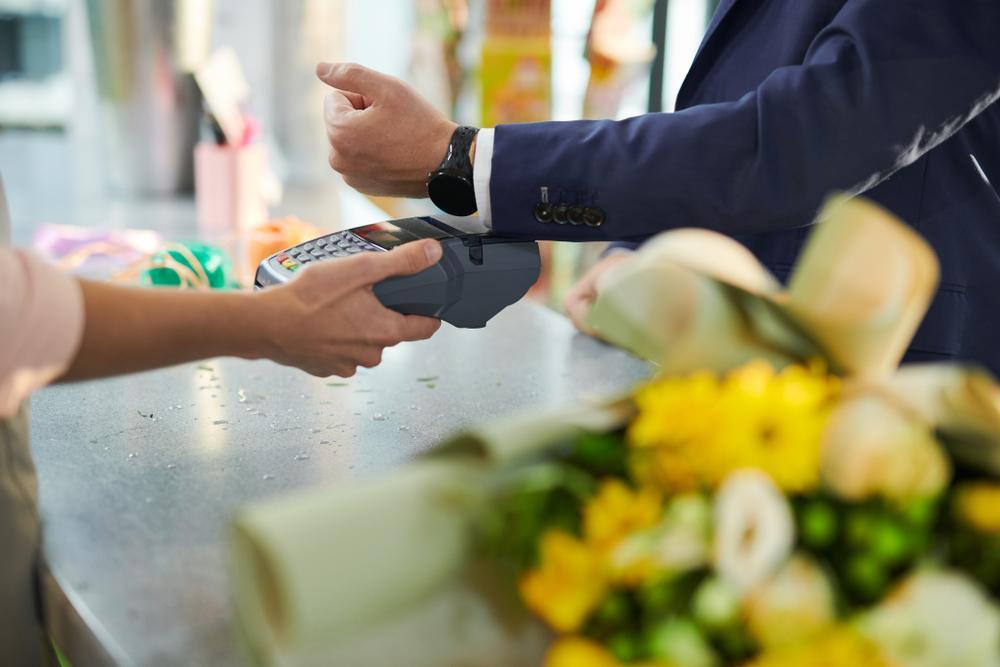 Terminale płatnicze i rozwiązania bezgotówkowe – co przyniesie przyszłość